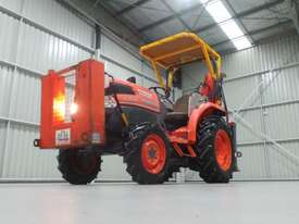 Kubota L3540D FWA Tractor - picture6' - Click to enlarge