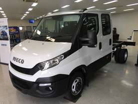 Iveco Daily 4x2 50C17 Dual Cab Chassis Auto - picture1' - Click to enlarge