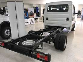 Iveco Daily 4x2 50C17 Dual Cab Chassis Auto - picture3' - Click to enlarge