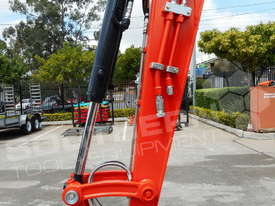 KUBOTA U57 KX57 Excavator 5.5 Ton Brand new MACHEXC  - picture15' - Click to enlarge