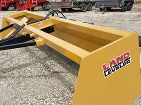 MK MARTIN LLT-12 TRAILING LAND LEVELER (12' CUT) - picture5' - Click to enlarge