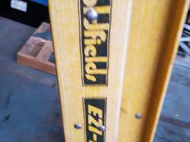 Extension Ladder Fiberglass 6.4 metre Oldfields Ezi Lift Industrial Ladders - picture2' - Click to enlarge
