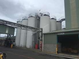 Stainless Steel Tanks - picture0' - Click to enlarge