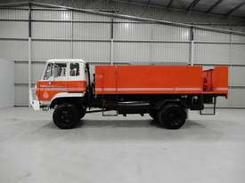 Hino GT 17/Osprey/Ranger Road Maint Truck - picture1' - Click to enlarge
