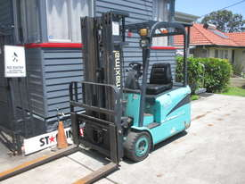 Maximal Electric, Container Mast Used Forklift - picture2' - Click to enlarge