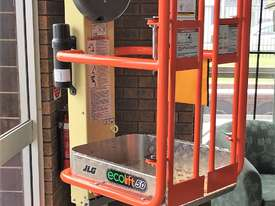 New JLG ECO LIft 50 NON-POWERED VERTICAL LIFT - picture0' - Click to enlarge