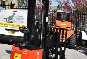 Liftstar 1.4T Walkie Reach Stacker Forklift HIRE from $160pw + GST