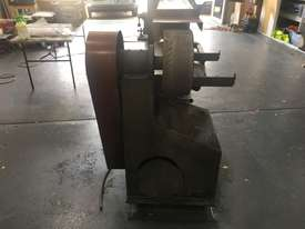 Large Belt Linisher machine with sliding table - picture3' - Click to enlarge
