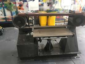 Large Belt Linisher machine with sliding table - picture7' - Click to enlarge