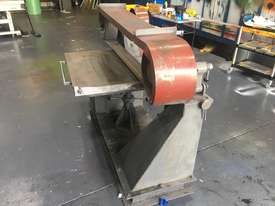 Large Belt Linisher machine with sliding table - picture9' - Click to enlarge