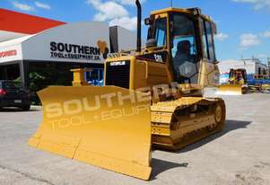 CATERPILLAR D4G XL Bulldozer / CAT D4 AC CAB DOZCATG