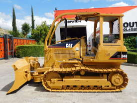 CATERPILLAR D4G XL Bulldozer / CAT D4 w Sweeps DOZCATG - picture0' - Click to enlarge