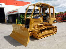 CATERPILLAR D4G XL Bulldozer / CAT D4 w Sweeps DOZCATG - picture1' - Click to enlarge