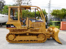 CATERPILLAR D4G XL Bulldozer / CAT D4 w Sweeps DOZCATG - picture2' - Click to enlarge