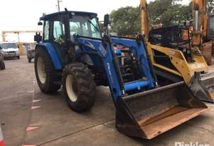 New Holland 2006   TL90
