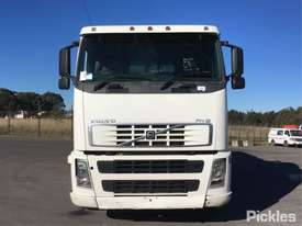 2003 Volvo FH12 - picture1' - Click to enlarge