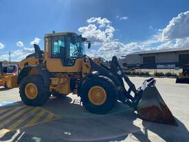 2016 Volvo L90H Wheel Loader  - picture2' - Click to enlarge