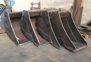 NEW IN STOCK 30t - 35t 4-Piece Excavator Bucket Set, Australian Made, Choice of G.E.T, Colour, Logo
