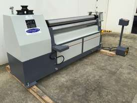 Late Model Just In 1300mm x 4mm Powered Rollers With End Stub Rollers - picture2' - Click to enlarge