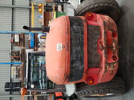 Manitou MLT523 Telehandler - picture0' - Click to enlarge