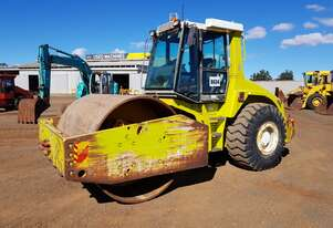 2001 Multipac VV2010D Self Propelled Vibrating Smooth Drum Roller *CONDITIONS APPLY*