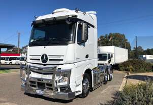 Mercedes Benz Prime Mover Truck Rental