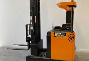 Bt Toyota Bt reach truck 7.5mtr lift
