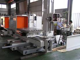 Mitseiki HBM-4 CNC Table Type Horizontal Borer - picture5' - Click to enlarge