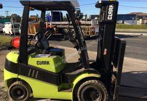 CLARK C25L Counterbalance Forklift