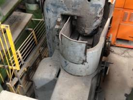 USED - Vertical Cut Grinder - picture0' - Click to enlarge