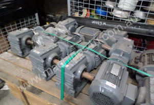 SEW EURODRIVE GEARED MOTOR AND GEARBOX  2.2KV #A