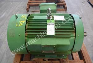 TOSHIBA 100HP 3 PHASE ELECTRIC MOTOR/ 1440RPM