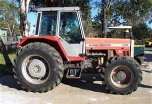 100hp , airco , 5709 hrs , delivery free in 300Kms
