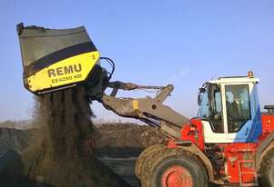 REMU EE 3160 LOADER SCREENING BUCKET (8T)
