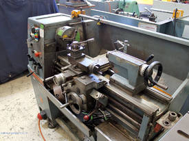 Colchester Master 2500 centre lathe - picture1' - Click to enlarge