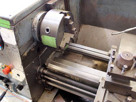Colchester Master 2500 centre lathe - picture2' - Click to enlarge