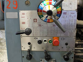 Colchester Master 2500 centre lathe - picture3' - Click to enlarge