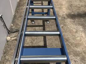 Length Stop Roller Conveyor - 3000mm - picture3' - Click to enlarge
