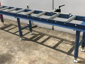 Length Stop Roller Conveyor - 3000mm - picture16' - Click to enlarge