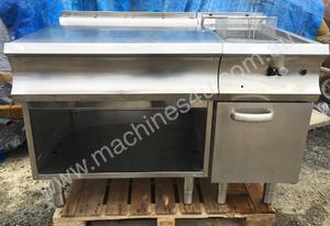 STAINLESS STEEL DEEP FRYER WITH SIDE BENCH