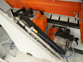 NikMann KZM6 -RTF-v12 are European made edgebanders with pre milling and corner rounder - picture3' - Click to enlarge