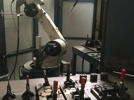 Robotic Welding Cell x 2 - picture3' - Click to enlarge