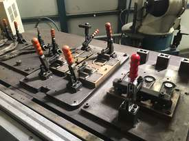 Robotic Welding Cell x 2 - picture12' - Click to enlarge