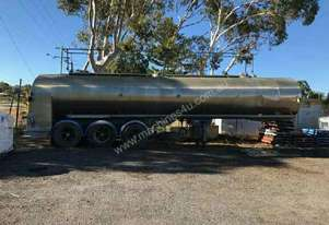28000 lt  STAINLESS STEEL TANKER
