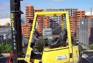 1.5T Hyster Forklift with 360 rotator attachment