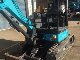 2.7 Tonne EXCAVATOR AX27 - picture6' - Click to enlarge