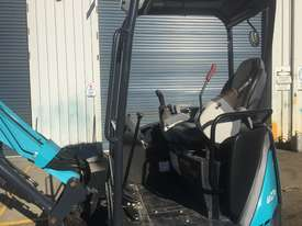 2.7 Tonne EXCAVATOR AX27 - picture9' - Click to enlarge