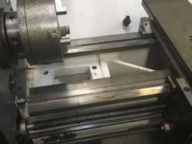 Colchester Master 3250 Lathe - picture2' - Click to enlarge