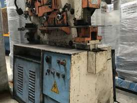 Just In - 55Ton Sunrise Punch Shear - picture0' - Click to enlarge
