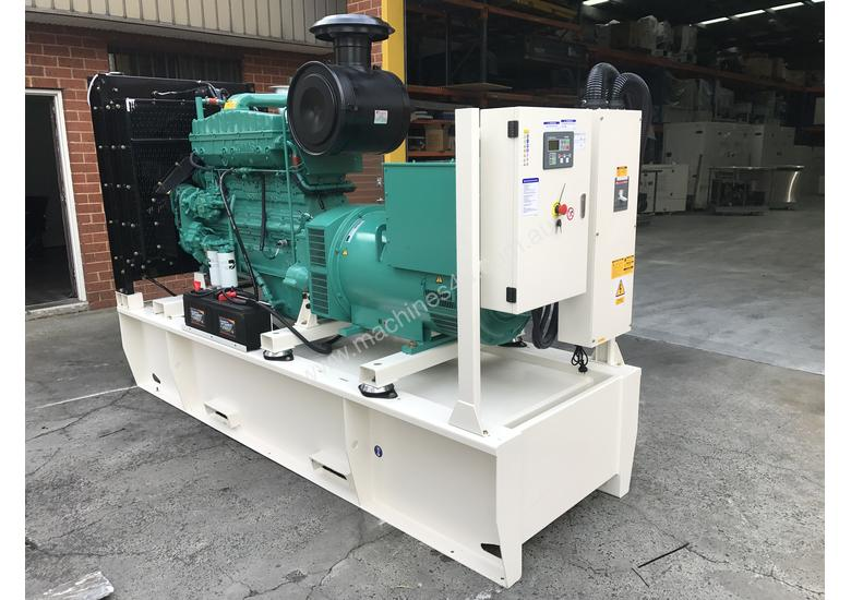 280kW/350kVA 3 Phase Skidmounted Diesel Generator.  Cummins Engine.